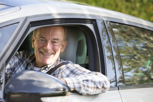 Een betrouwbare chauffeur van 65 plus